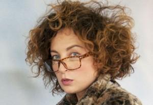 marta-con-occhiali-400x275